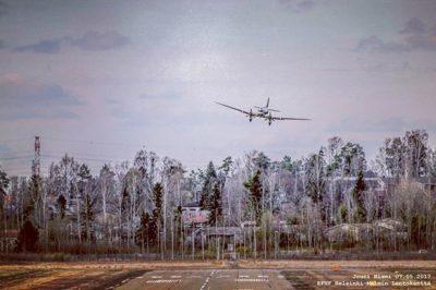 savemalmiairport-pelastetaanmalminlentoasema-kentanlaidalla-malmiairport-dc3-airveteran-ohlhc-longin-2