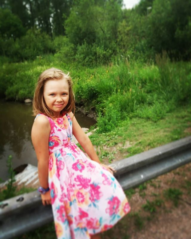 rakastan-summer-outdoors-finland-kidsootd-instadaily-mydaughter-photooftheday-helsinki-summerday-flo