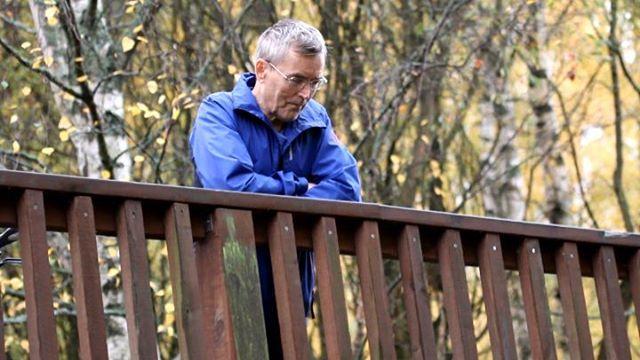 Kudunseurantaa Longinojalla. @toniranden pääsi oikein aitopaikalle  Kaksi hyvänkokoista meritaimenta upeasti näkyvissä, sillan yläpuolisen kutukuopan luona kisailemassa. . . . . . . .
