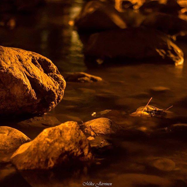 Stones in the Longinoja. #