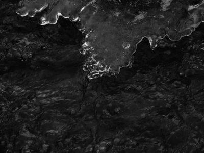 black-ice-bw-blackandwhite-blackandwhitephotography-longinoja-vantaanjoki-river-winter-natur-nature-